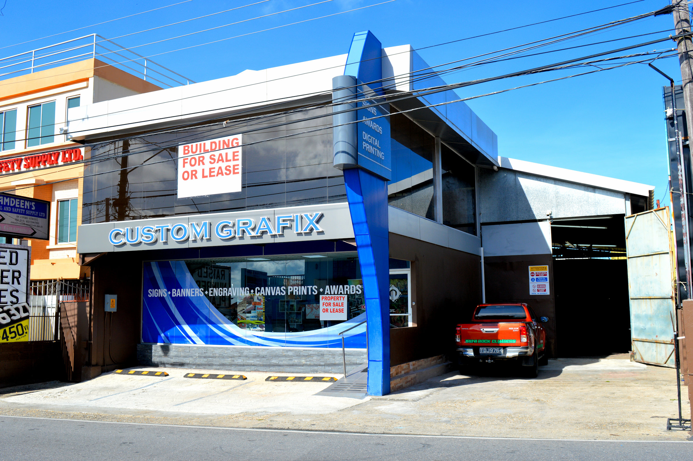 Commercial Building on Cipero Street, San Fernando